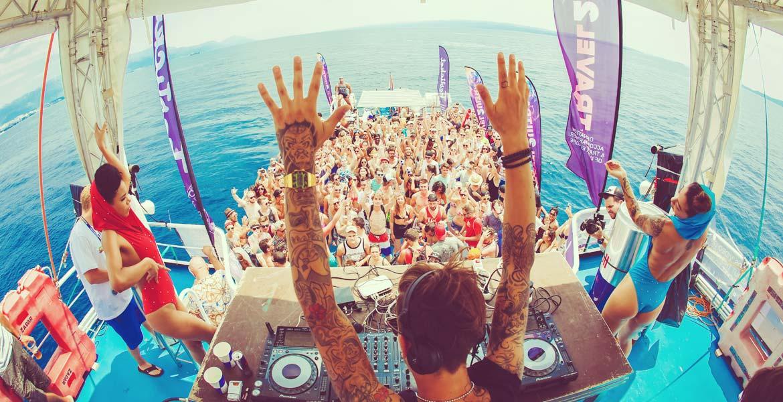 Impreza na statku w Chorwacji